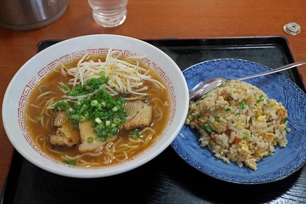 12ラーメン定食IMG_3604
