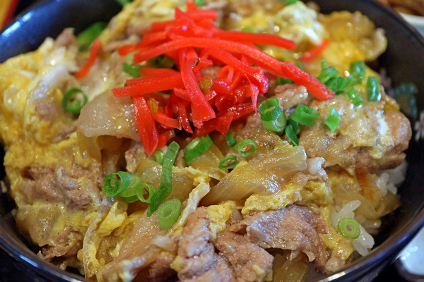 12豚たま丼IMG_4595