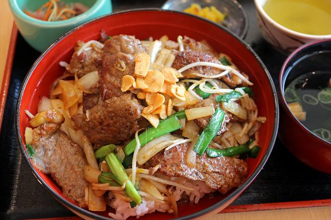 12焼肉丼IMG_4245