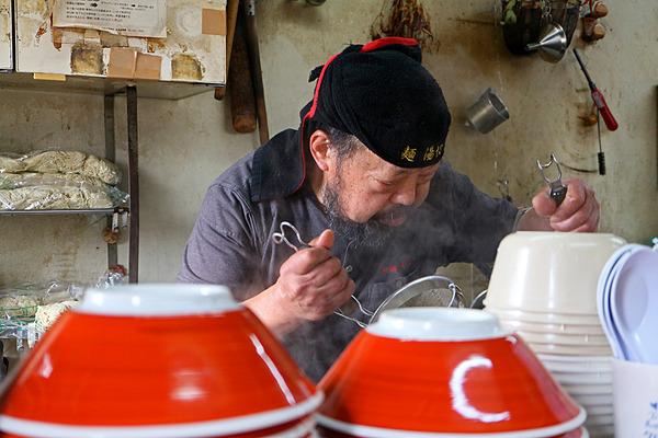 12麺湯切り職人IMG_4882