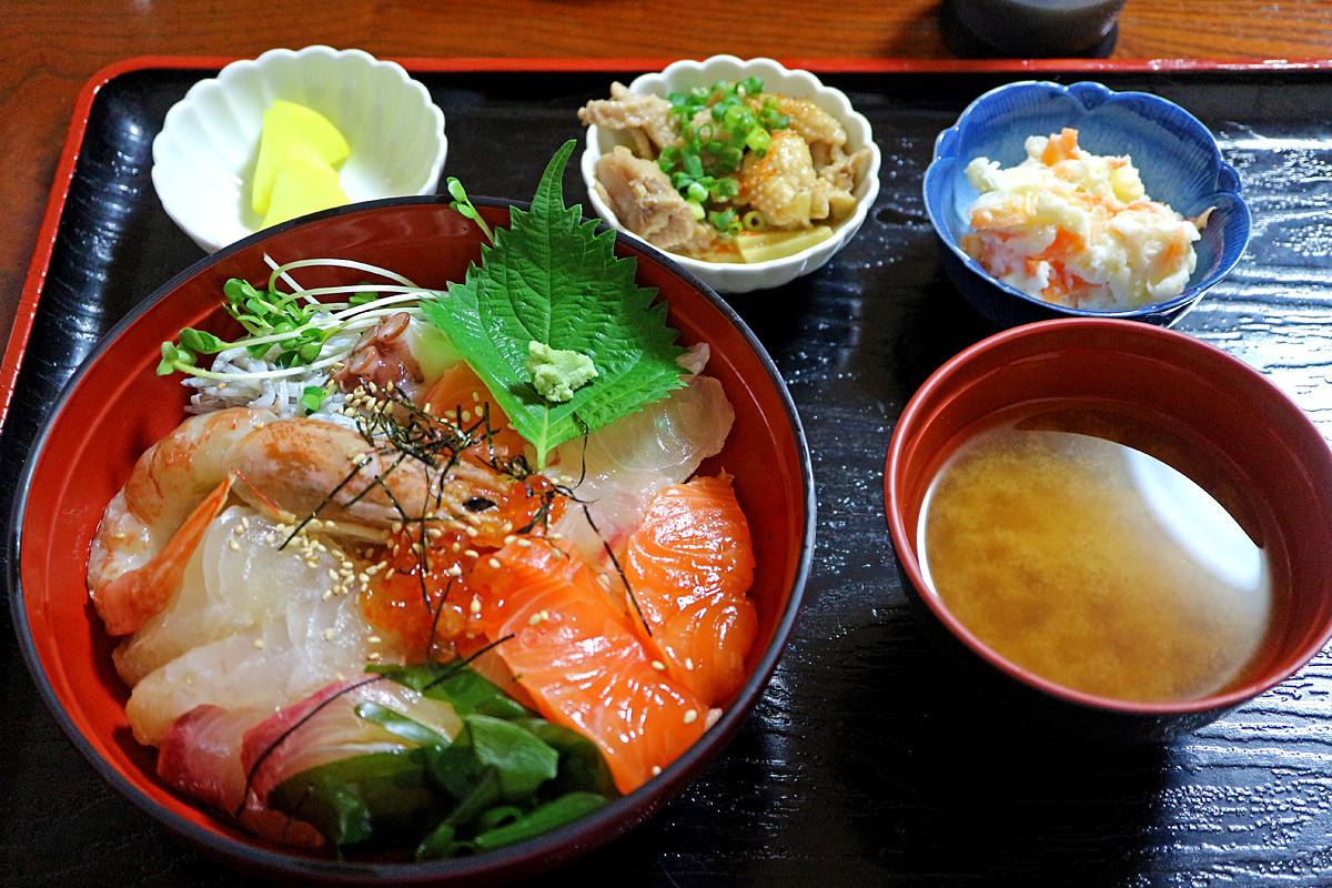 12海鮮丼IMG_1034