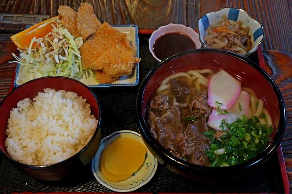 12肉うどん定食IMG_6541
