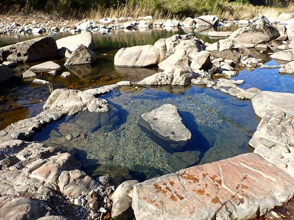 12河原の温泉PB121146