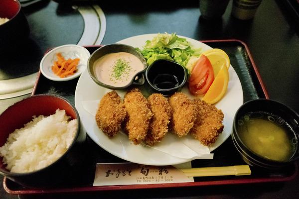 12牡蠣フライ定食