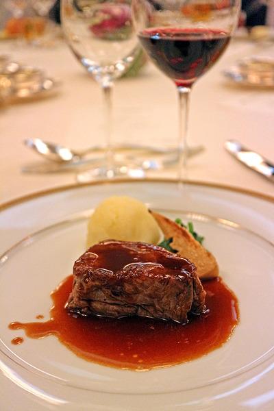 12牛フィレ肉ステーキ赤ワインソースIMG_1858