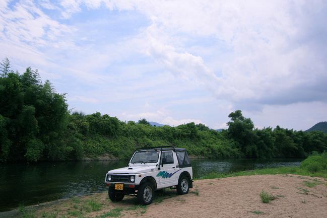 ジムニーと黒瀬川