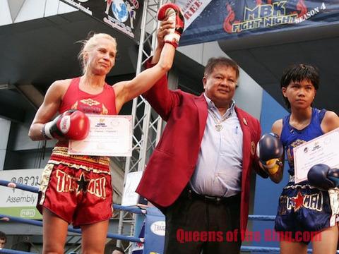 デニス・キャッスル選手 ボクシングデビュー戦