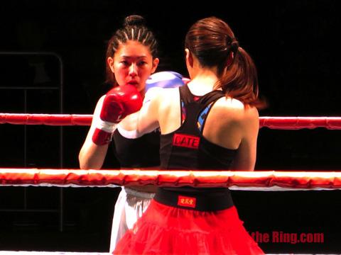 浅井春香 vs 伊達華麗-16