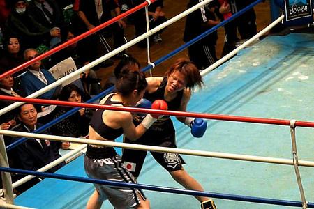 石川範子 vs 稲元真理