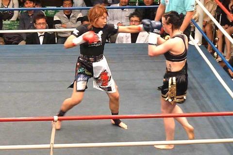 AZUMA vs メリッサ・ノートン