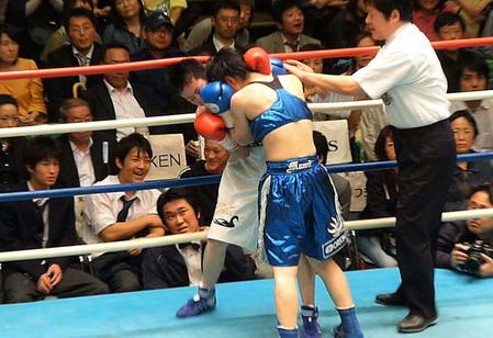 小田美佳vs伊藤まみ