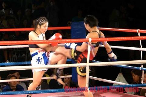 松川敬子 vs 舞獅
