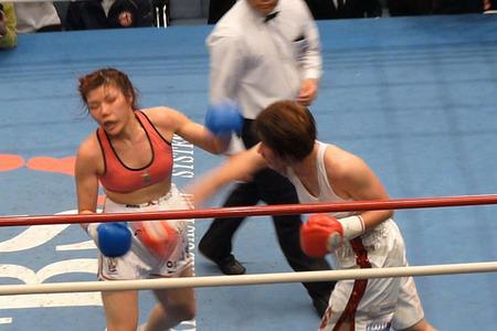水谷智佳 vs キム・ジユン-11