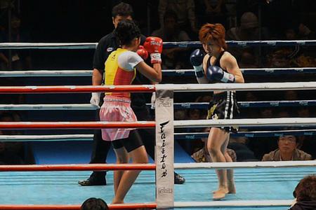 サーサー・ソー・アリー vs グレイシャアR01