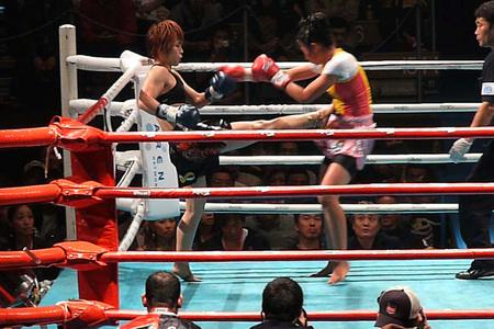 サーサー・ソー・アリー vs グレイシャアR04-1