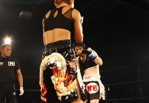 岡田敦子 vs ジェット・イズミ