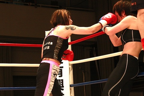 吉田実代 vs NATSUKA