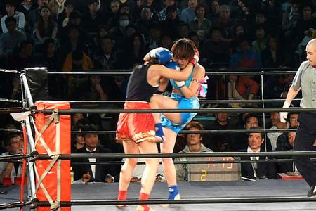 悦センチャイジム vs MITSUKI