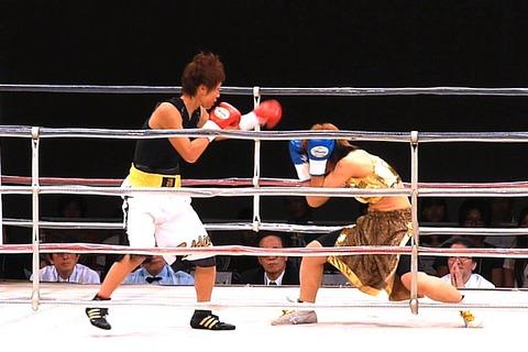 玉森麻保 vs 武本明菜a-1