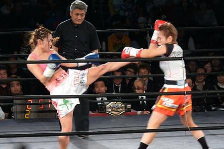 山田純琴 vs Mai