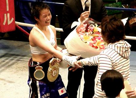天海ツナミ WBA奪取 tenkai tsunami
