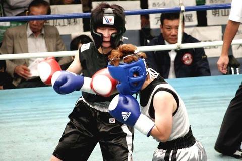 黒田陽子 vs 佐藤理絵