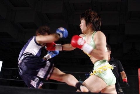 市井舞 vs 山田純琴