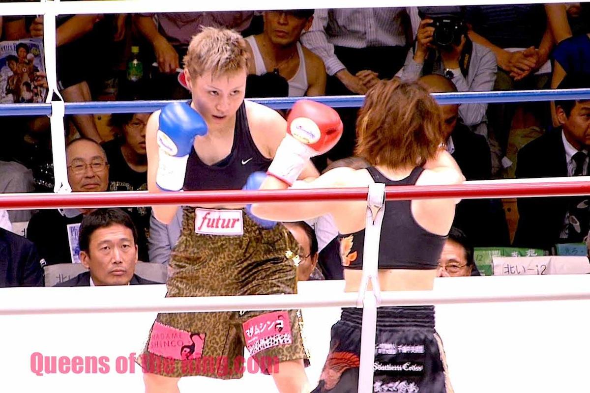 宮尾綾香 VS 安藤麻里 II  第4ラウンド しかし、乱打戦になるわけではなく、基本的には両選