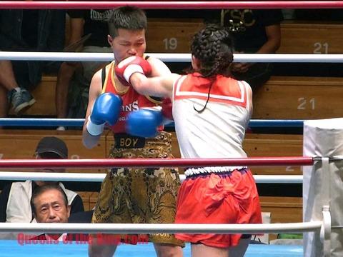 郷司利也子 VS カニタ_8