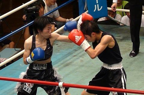 小関 vs 伊藤