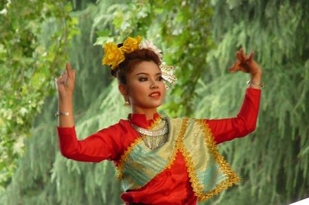 タイ伝統舞踏