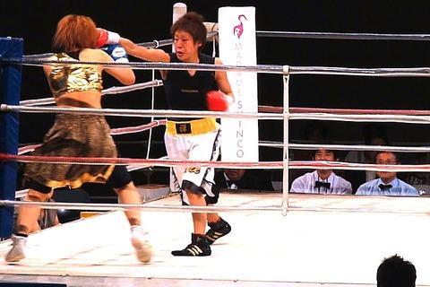 玉森麻保 vs 武本明菜a-3