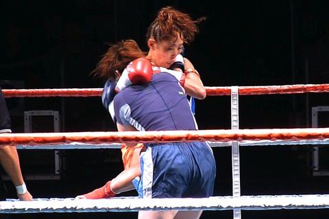 千佳子 vs maro04