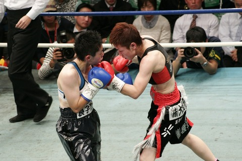 柴田 vs 小田