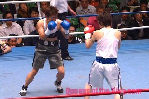 東郷理代 vs 菊川未紀