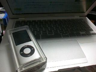 iPod nano 16GBとMacBookAir