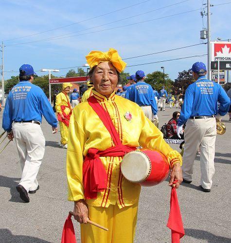 2015-9-28-niagara-wine-festival-11