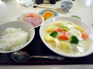 クリームシチュー定食