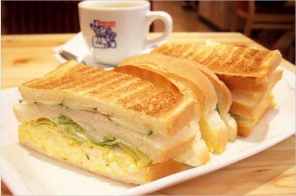 【悲報】パン屋さん俺氏、今日も深夜に一人寂しくパンを焼く