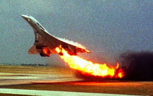 コンコルド墜落事故,2000