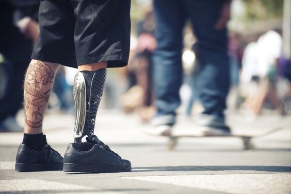 クールなデザインの義足・義肢 Scott-Stummit 14