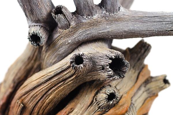 木材の彫刻に見えるセラミック彫刻 (22)