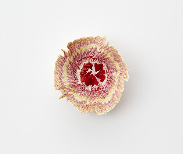 鉛筆削りの屑が美しい花となる『紙の花』 (7)