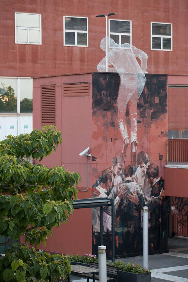 人間の立体的な壁画アート (7)