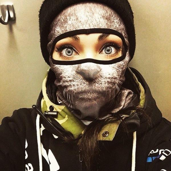 動物気分でスキー!動物の顔がプリントされたフェイスマスク (1)