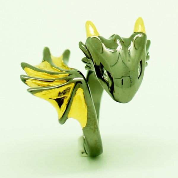 かっこかわいい。竜をモチーフにした指輪『ドラゴンリング』 (1)