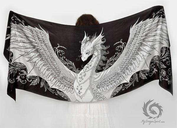 ドラゴン!竜を描いたシルクのスカーフ (1)