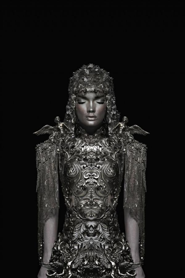 眠る美しい銀の騎士 Garjan Atwood 2