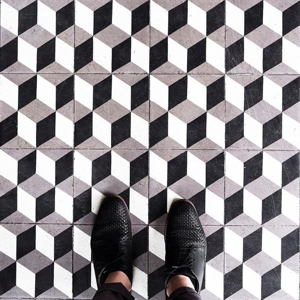 パリは床もお洒落だった!足元に広がる様々なデザインパターン (9)