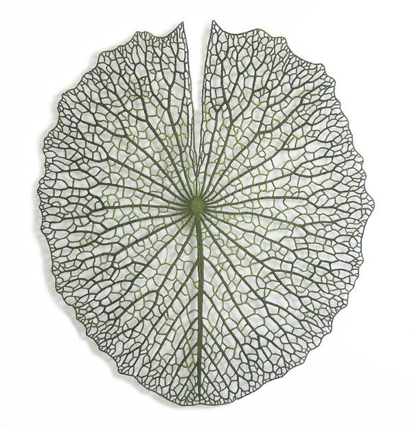 ミシンで作る!葉脈や珊瑚をモチーフにした透かし彫りの刺繍 (7)
